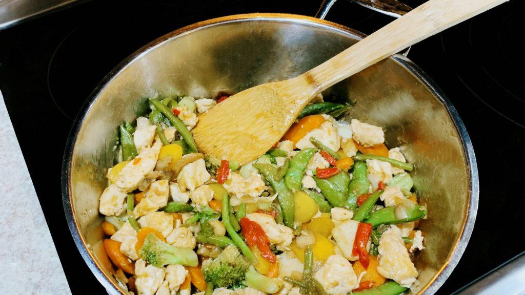 Chicken Stir Fry with Frozen Vegetables