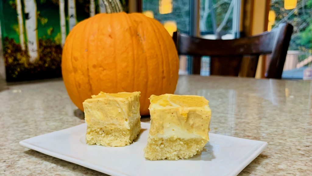 Low Carb Pumpkin Spice Cheesecake Bars