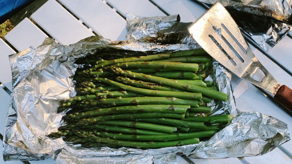 Grilled Asparagus in Foil