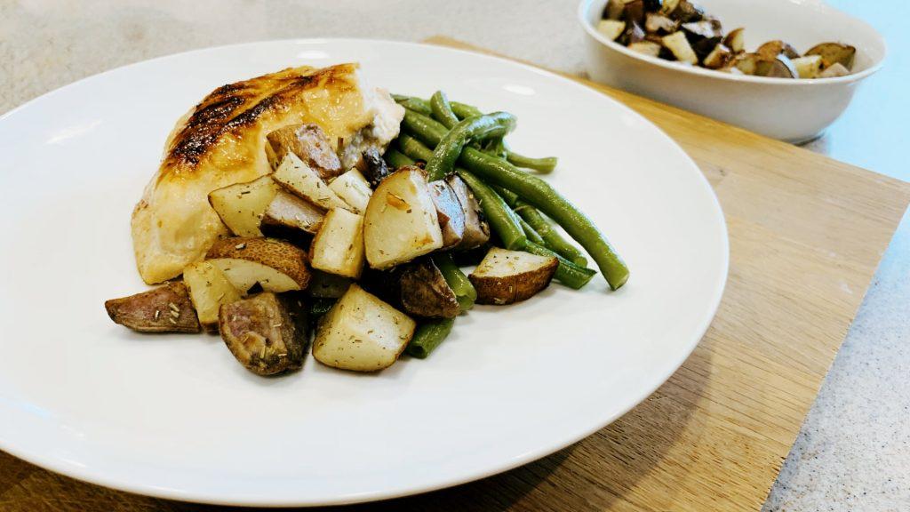 Easy Side Roasted Leeks with Potatoes