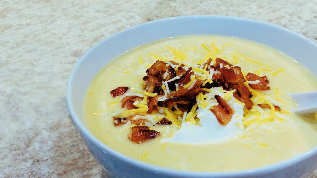 Creamy Loaded Cauliflower Soup