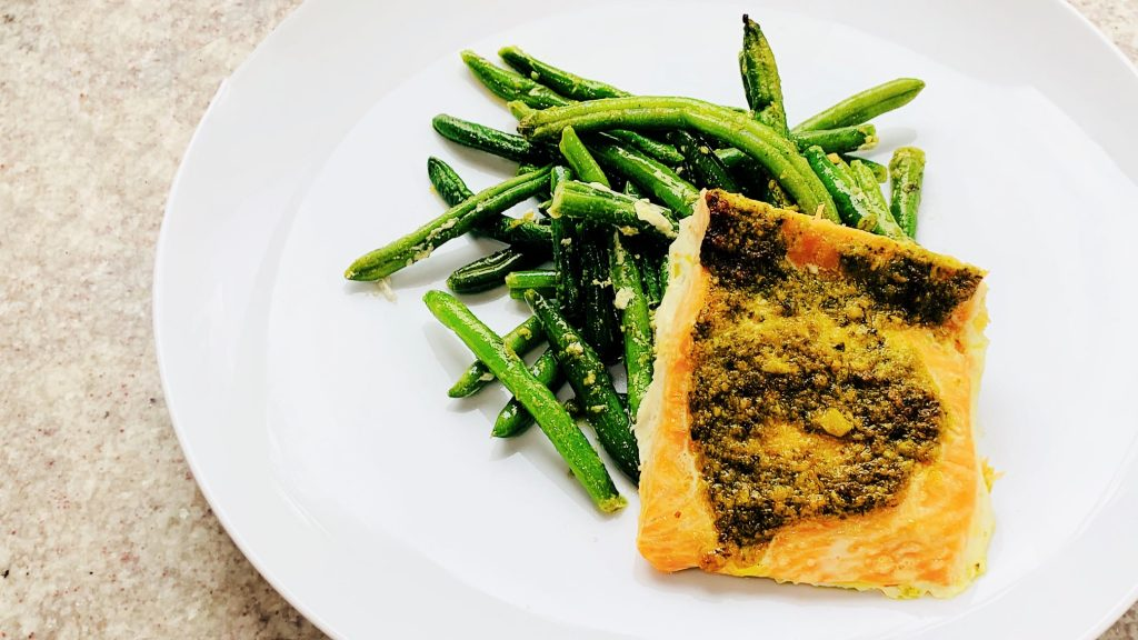 Green Beans and Salmon with Pesto